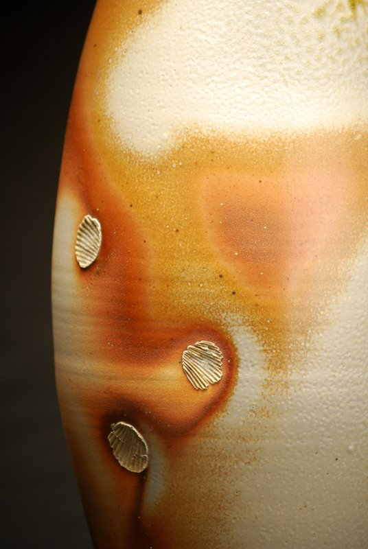 tall-bottle-porcelain-detail